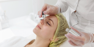 woman-at-beauty-clinic-for-face-treatment